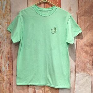 💚4/$25 Browning metallic gold buckmark t-shirt